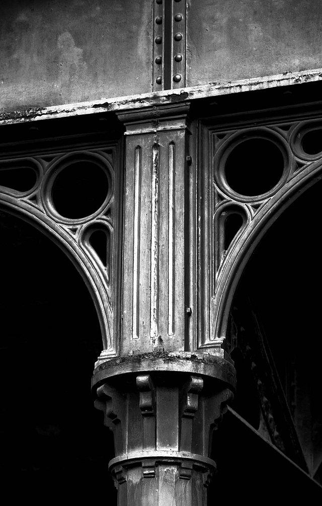 Architecture-detail.jpg